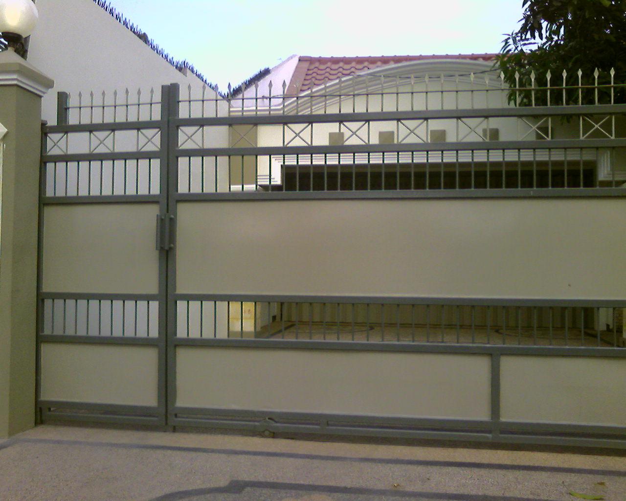 House Fence Design